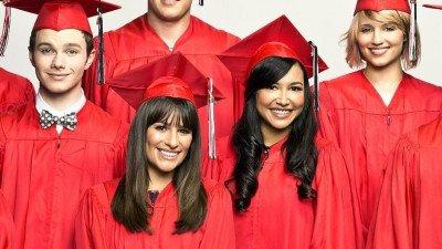 Makers van 'Glee' zetten fonds op voor collegegeld Naya Rivera's zoontje