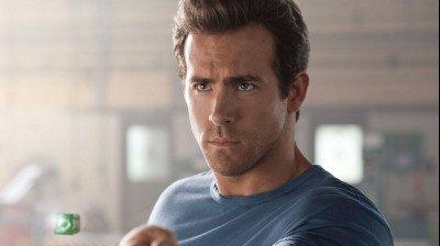Ryan Reynolds plaatst 'geheime versie' van 'Green Lantern' online