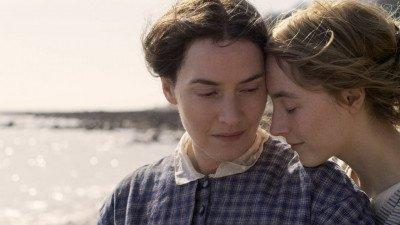 Kate Winslet en Saoirse Ronan schitteren in eerste trailer 'Ammonite'