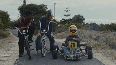 Netflix onhult officiële trailer racefilm 'Go Karts'