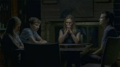 De familie Byrde runt eigen casino in trailer seizoen 3 'Ozark'