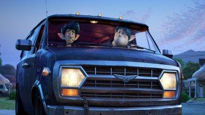 Pixarfilm 'Onward' verboden in meerdere landen vanwege lesbische referentie