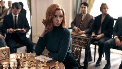 Anya Taylor-Joy steelt de show in de trailer van Netflix-serie 'The Queen's Gambit'