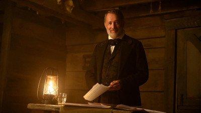 Tom Hanks vertelt over zijn rol in 'News of the World' in exclusieve video