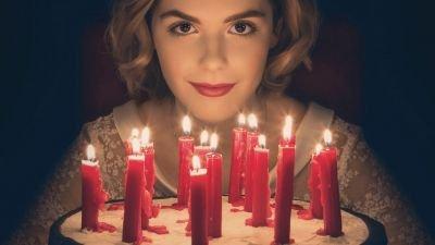 Sabrina zet alles op alles in de trailer van het slotseizoen van 'Chilling Adventures of Sabrina'
