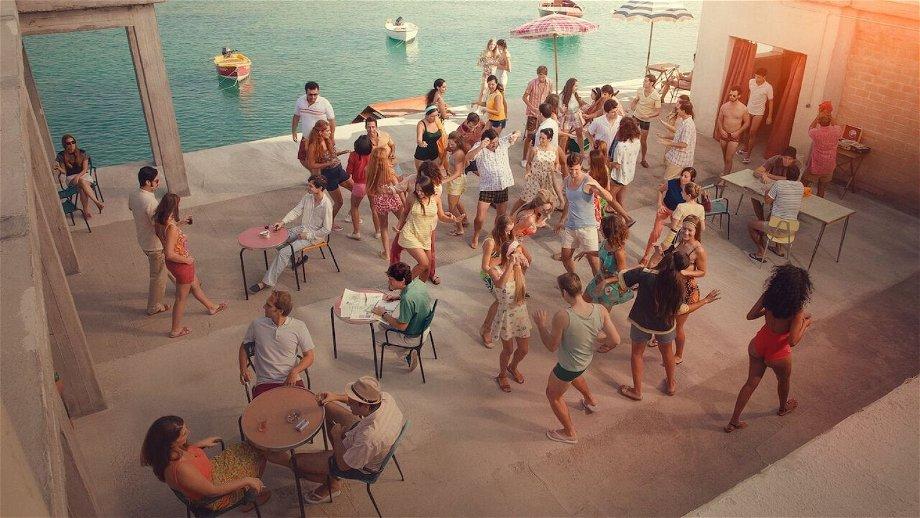 Nieuw op Netflix: Italiaanse komediefilm 'L'incredibile storia dell'isola delle rose'