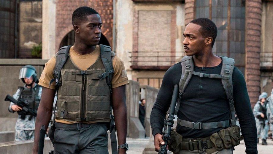 Teasertrailer van spannende Netflix-film 'Outside the Wire' nu te zien