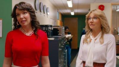 Katherine Heigl en Sarah Chalke zijn beste vriendinnen in de trailer van Netflix-serie 'Firefly Lane'