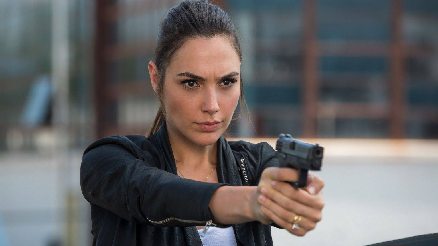 Spionagethriller 'Heart of Stone' met Gal Gadot komt direct uit op Netflix