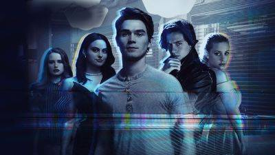 Nieuw op Netflix: de eerste aflevering van 'Riverdale' seizoen 5