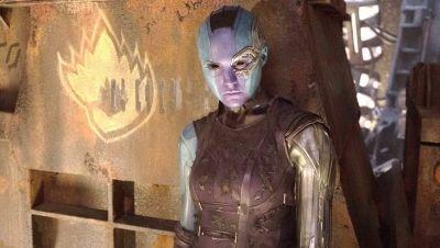 Karen Gillan bereidt zich voor op opnames 'Thor: Love and Thunder' met een nieuw kapsel