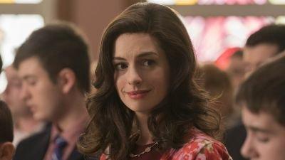 Anne Hathaway voegt zich bij Jared Leto voor Apple-serie 'WeCrashed'