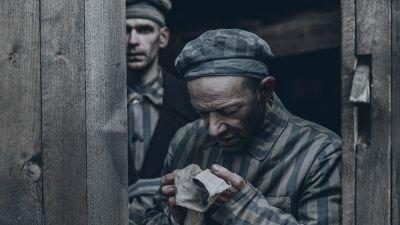 Aangrijpende nieuwe trailer van oorlogsdrama 'The Auschwitz Report' toont het leven in Auschwitz
