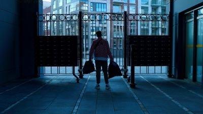 Netflix maakt de releasedatum bekend van muziekdocumentaire 'Snelle: Zonder jas naar buiten'