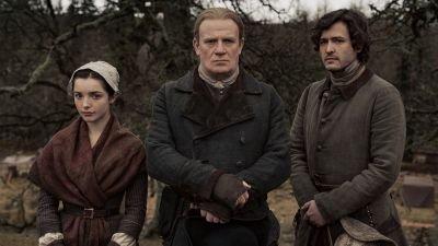 Caitriona Balfe stelt ons voor aan drie nieuwe personages in 'Outlander' seizoen 6