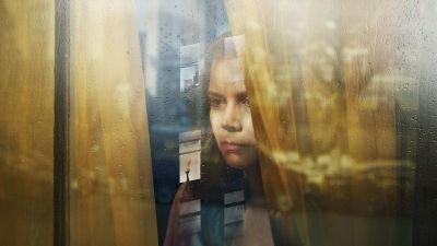 Netflix deelt onheilspellende trailer van psychologische thriller 'The Woman in the Window' met Amy Adams