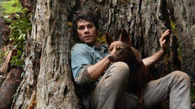 Nieuw op Netflix: Dylan O'Brien in avontuurlijke monsterfilm 'Love and Monsters'