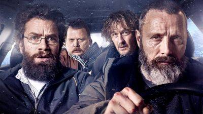 Nieuwe trailer van zwarte komedie 'Riders of Justice' met Mads Mikkelsen nu te zien