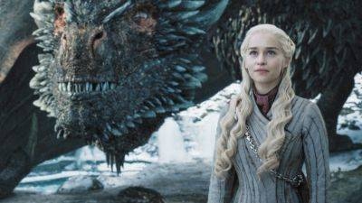 'Game of Thrones'-ster Emilia Clarke voegt zich bij de cast van Marvel-serie 'Secret Invasion'