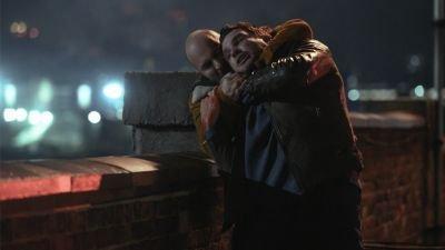 Eerste teaser van spannende Netflix-serie 'Hit & Run' nu te zien