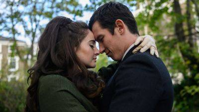 Netflix deelt de romantische trailer van 'The Last Letter from Your Lover'