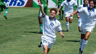 Italiaanse biografie 'Il Divin Codino' over voetballer Roberto Baggio nu te zien op Netflix