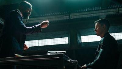 Mark Wahlberg ontgrendelt het geheim van reïncarnatie in nieuwe trailer scifi-film 'Infinite'