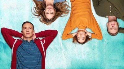 Netflix deelt trailer van vierde en laatste seizoen van komische dramaserie 'Atypical'