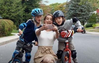 Trailer van de nieuwe Netflix-film 'Le guide de la famille parfaite' nu te zien