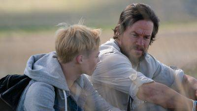 Mark Wahlberg te zien als zorgzame vader in de trailer van 'Good Joe Bell'