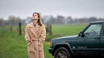 Elise Schaap schittert in de trailer van dramafilm 'Mijn vader is een vliegtuig'