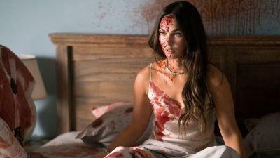 Bloedstollend spannende trailer van horrorthriller 'Till Death' met Megan Fox en Callan Mulvey nu te zien