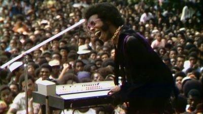 Indrukwekkende trailer van documentaire 'Summer of Soul' met Nina Simone en Stevie Wonder nu te zien