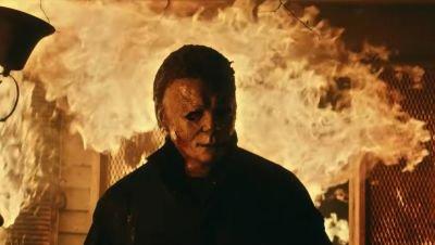 Jamie Lee Curtis is uit op wraak in de bloederige trailer van 'Halloween Kills'