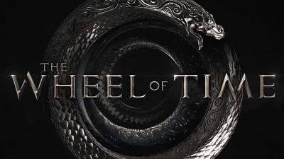 Amazon Prime Video onthult het logo van fantasieserie 'The Wheel of Time' met Rosamund Pike