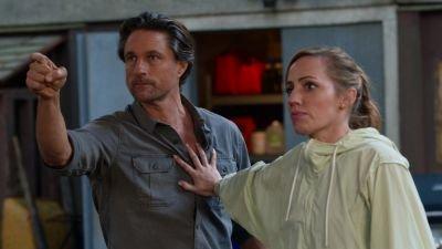 'Virgin River'-maker onthult nieuwe details over seizoen 3 en over de schutter van Jack