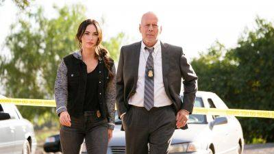 Megan Fox afwezig bij première 'Midnight in the Switchgrass' vanwege toenemende coronabesmettingen