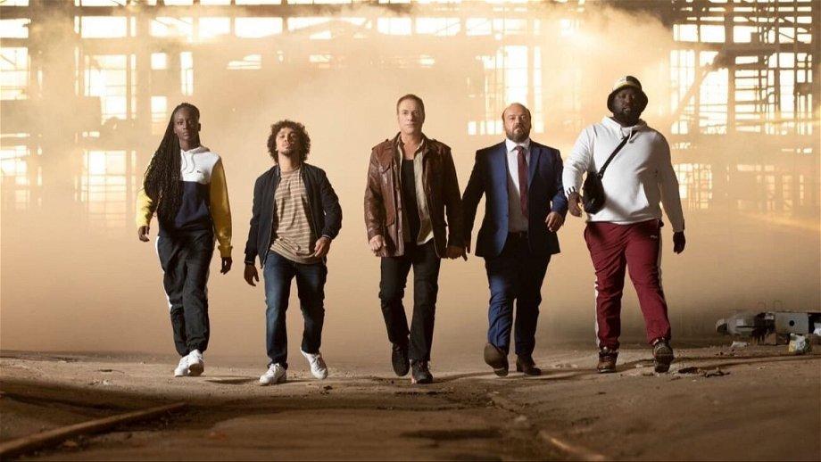 Netflix publiceert een spannende scène uit de binnenkort verschijnende film 'Le Dernier Mercenaire'