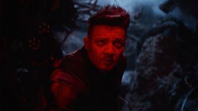 Disney+ onthult eerste beelden en releasedatum van Marvel-serie 'Hawkeye' met Jeremy Renner
