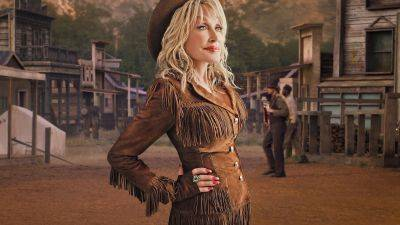 Country zangeres Dolly Parton krijgt gastrol in Netflix-serie 'Grace and Frankie'