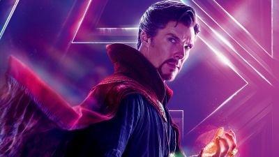 Spider-Man groet Doctor Strange op nieuwe setfoto van 'Spider-Man: No Way Home'