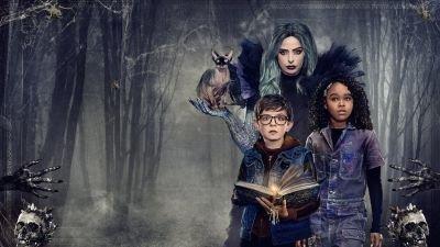 Griezelige eerste trailer van familiefilm 'Nightbooks' nu te zien, Netflix maakt releasedatum bekend