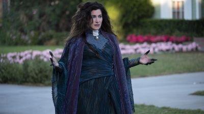 Disney+ kondigt 'WandaVision'-spin-off aan over personage van Kathryn Hahn