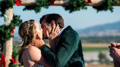 Netflix onthult releasedatum van vervolg op romantische kerstfilm 'A California Christmas'
