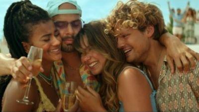 Allereerste beelden van zomerse feelgood-film 'Costa!!' met Katja Schuurman en Abbey Hoes nu te zien