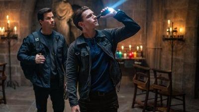 Tom Holland brengt Nathan Drake tot leven in de trailer van 'Uncharted'