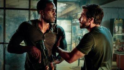 Eerste explosieve beelden te zien van nieuwe Michael Bay-film 'Ambulance' met Jake Gyllenhaal