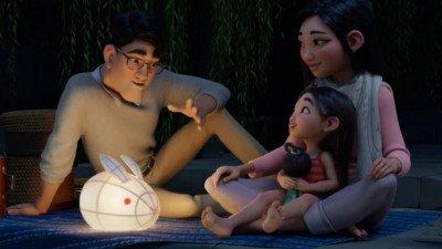 Netflix deelt eerste trailer van 'Over the Moon' met Sandra Oh en Philippa Soo