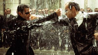 Hugo Weaving bevestigt de afwezigheid van Agent Smith in 'The Matrix 4'