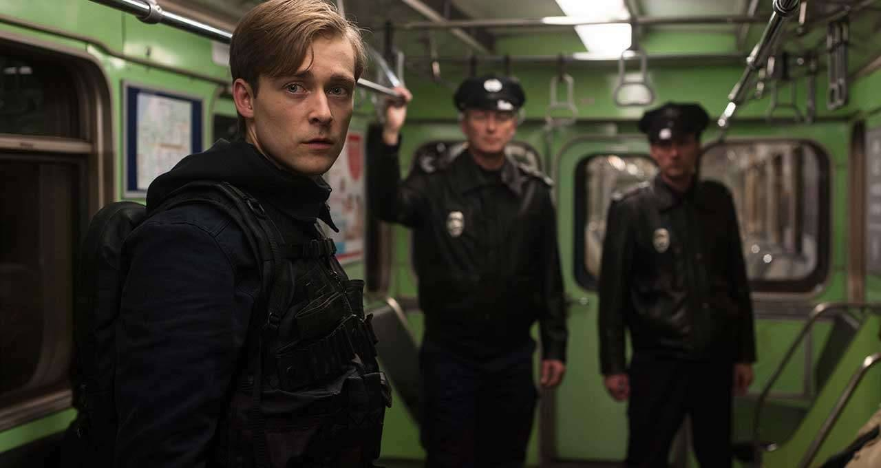 Recensie Boy 7 (2015) - FilmVandaag.nl